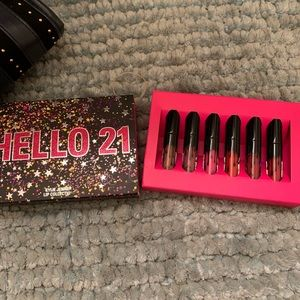 Kylie Cosmetics hello 21 mini lip set